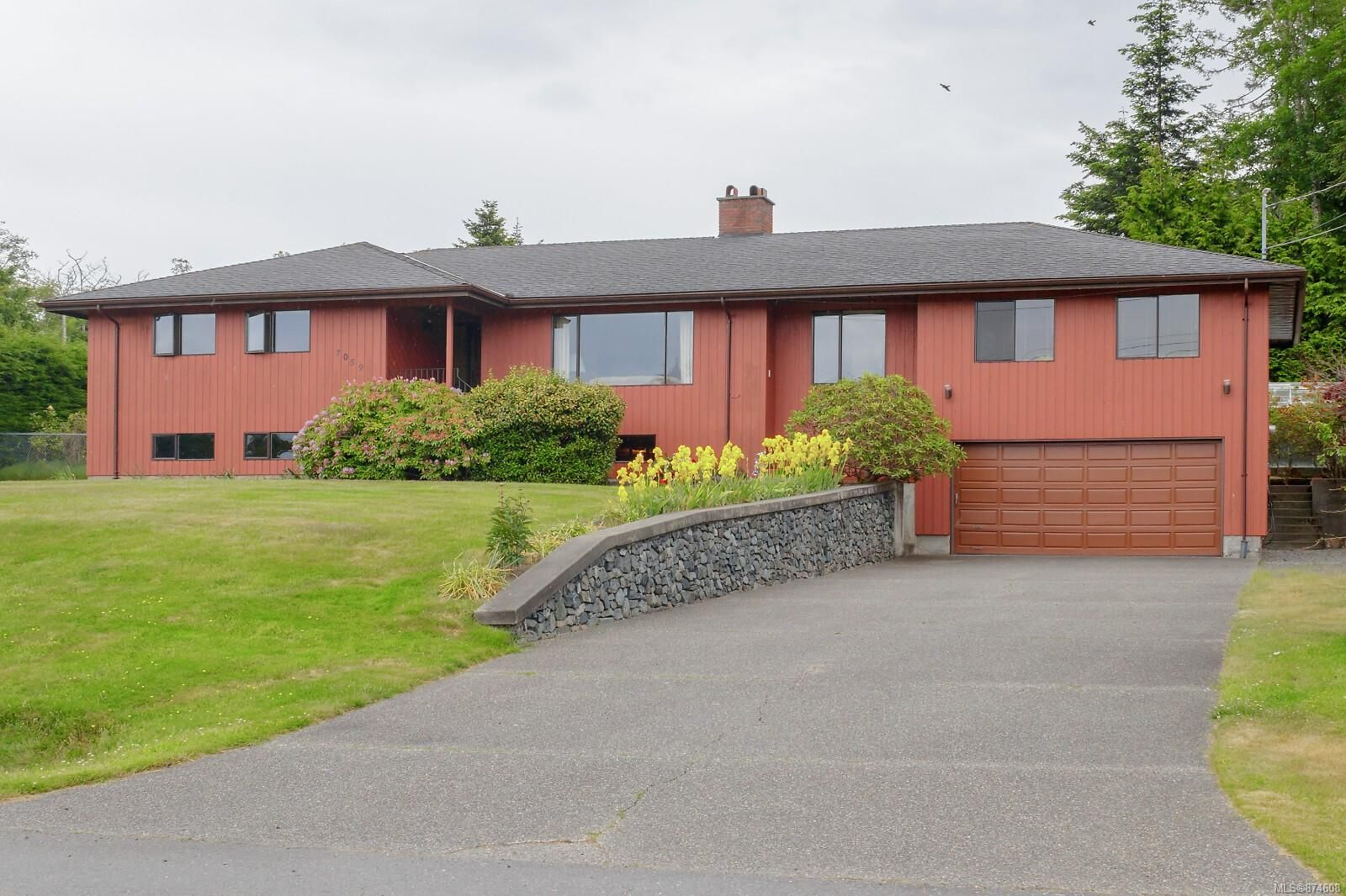 Main Photo: 7059 Briarwood Pl in : Sk Whiffin Spit House for sale (Sooke)  : MLS®# 874608