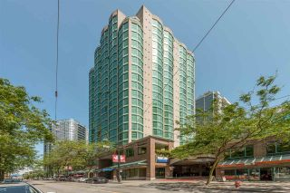 "Photo 3: 314 838 HAMILTON Street in Vancouver: Downtown VW Condo for sale in ""ROSEDALE ON ROBSON"" (Vancouver West)  : MLS®# R2391016"