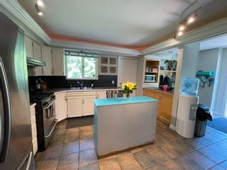 Photo 4: 5920 RIVERDALE Crescent in Prince George: Nechako Bench House for sale (PG City North (Zone 73))  : MLS®# R2604013