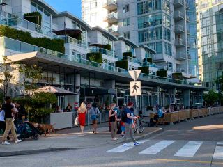 """Photo 15: 603 1099 MARINASIDE Crescent in Vancouver: Yaletown Condo for sale in """"Marinaside Resort"""" (Vancouver West)  : MLS®# R2580994"""