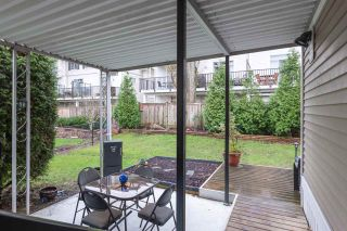 """Photo 4: 74 1840 160 Street in Surrey: King George Corridor Manufactured Home for sale in """"Breakaway Bays"""" (South Surrey White Rock)  : MLS®# R2431476"""