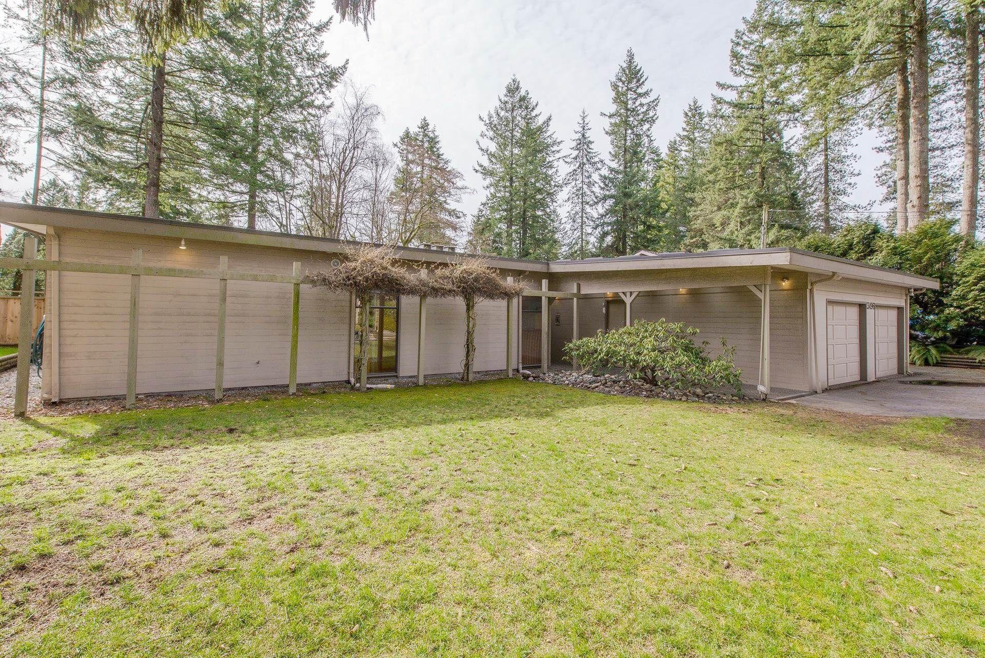 "Main Photo: 13496 57 Avenue in Surrey: Panorama Ridge House for sale in ""Panorama Ridge"" : MLS®# R2245203"