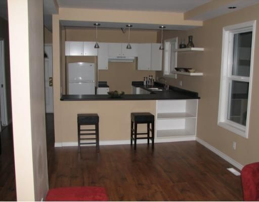 Photo 2: Photos: 435 VICTOR Street in WINNIPEG: West End / Wolseley Residential for sale (West Winnipeg)  : MLS®# 2901222