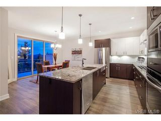 Photo 9: 114 1177 Deerview Pl in VICTORIA: La Bear Mountain House for sale (Langford)  : MLS®# 684098