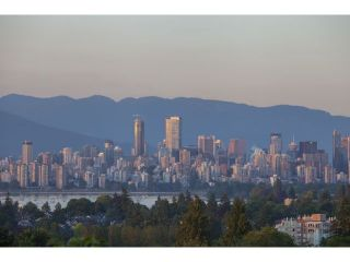 "Photo 17: 4216 W 8TH Avenue in Vancouver: Point Grey House for sale in ""POINT GREY"" (Vancouver West)  : MLS®# V1125944"