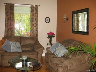 Photo 3: 174 Cathedral Avenue in WINNIPEG: North End Residential for sale (North West Winnipeg)  : MLS®# 1509461