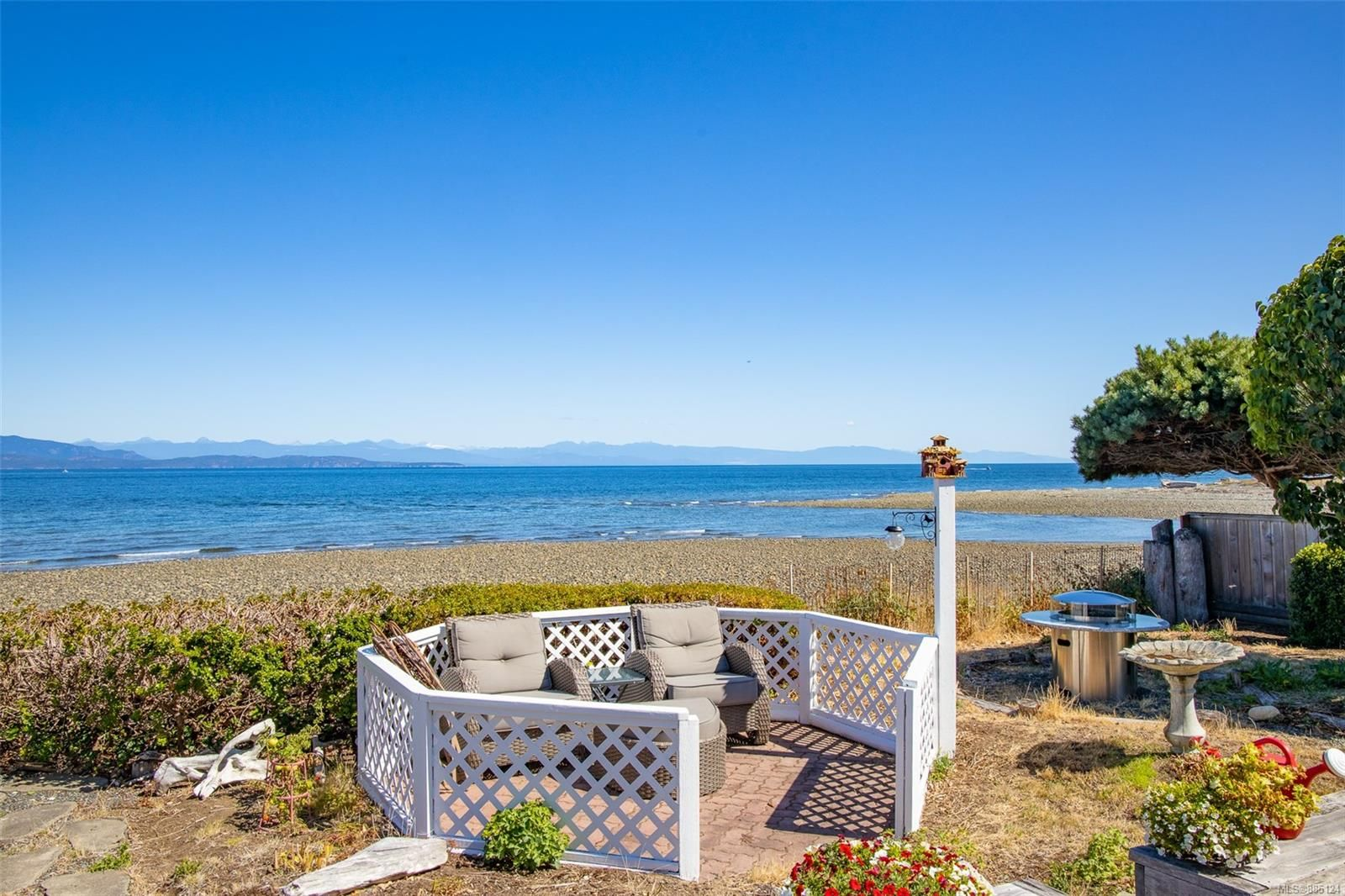 Photo 21: Photos: 1705 Admiral Tryon Blvd in : PQ French Creek House for sale (Parksville/Qualicum)  : MLS®# 885124