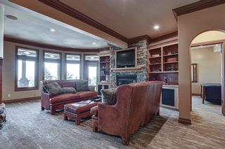 Photo 29: 251 Slopeview Drive SW in Calgary: Springbank Hill Detached for sale : MLS®# A1132385