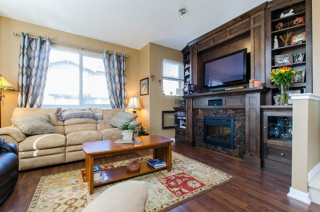 Photo 3: Photos: #39 - 2729 158 Street in Surrey: Grandview Surrey Townhouse for sale (South Surrey White Rock)