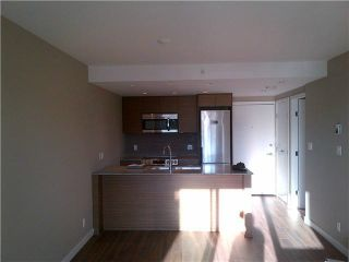 """Photo 3: 317 135 E 17TH Street in North Vancouver: Central Lonsdale Condo for sale in """"Local on Lonsdale"""" : MLS®# V1084301"""