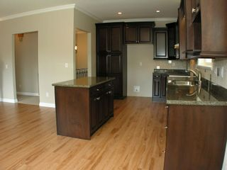 Photo 6: 8699 ASHMORE Place in Mission: Mission BC House for sale : MLS®# F1012872