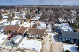 Photo 2: 617 Cathcart Street in Winnipeg: Charleswood Residential for sale (1G)  : MLS®# 1806088