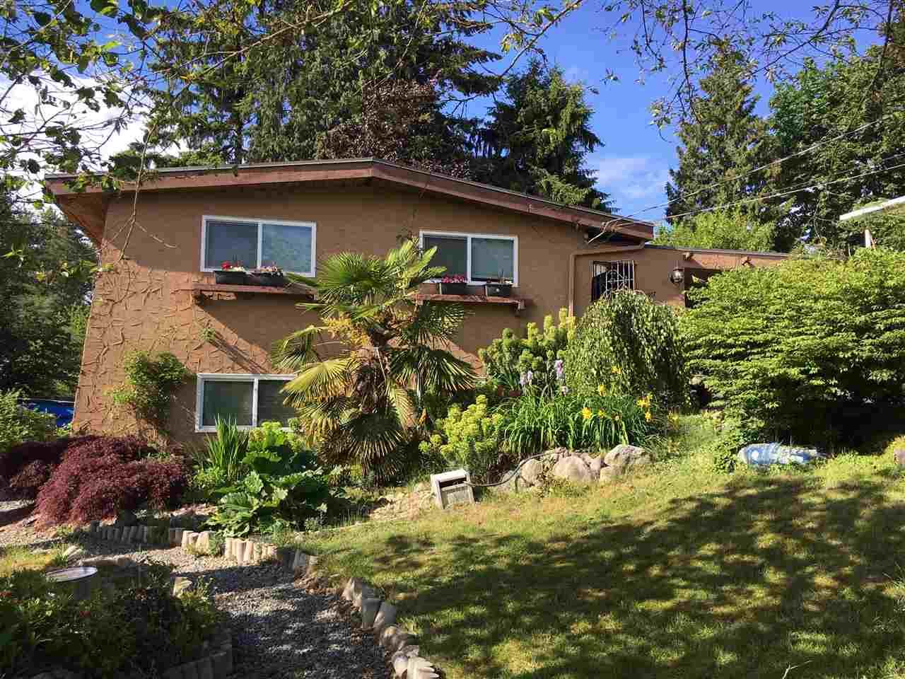Main Photo: 1917 WILTSHIRE Avenue in Coquitlam: Cape Horn House for sale : MLS®# R2371481