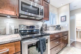 """Photo 3: 862 BLACKSTOCK Road in Port Moody: North Shore Pt Moody Townhouse for sale in """"WOODSIDE VILLAGE"""" : MLS®# R2395693"""