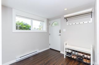 Photo 29: 555 Kenneth St in : SW Glanford House for sale (Saanich West)  : MLS®# 872541