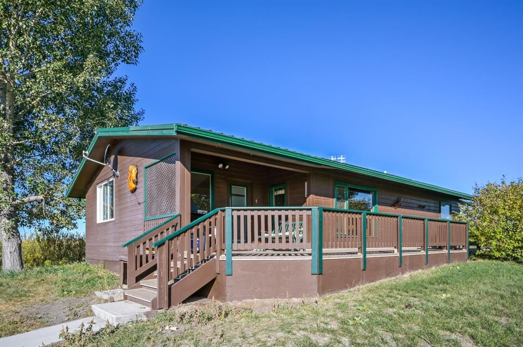 Main Photo: #100, 290187 112 Street E: Rural Foothills County Detached for sale : MLS®# A1147964