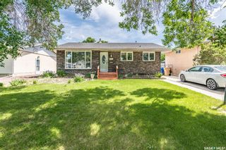 Main Photo: 211 Upland Drive in Regina: Uplands Residential for sale : MLS®# SK859877
