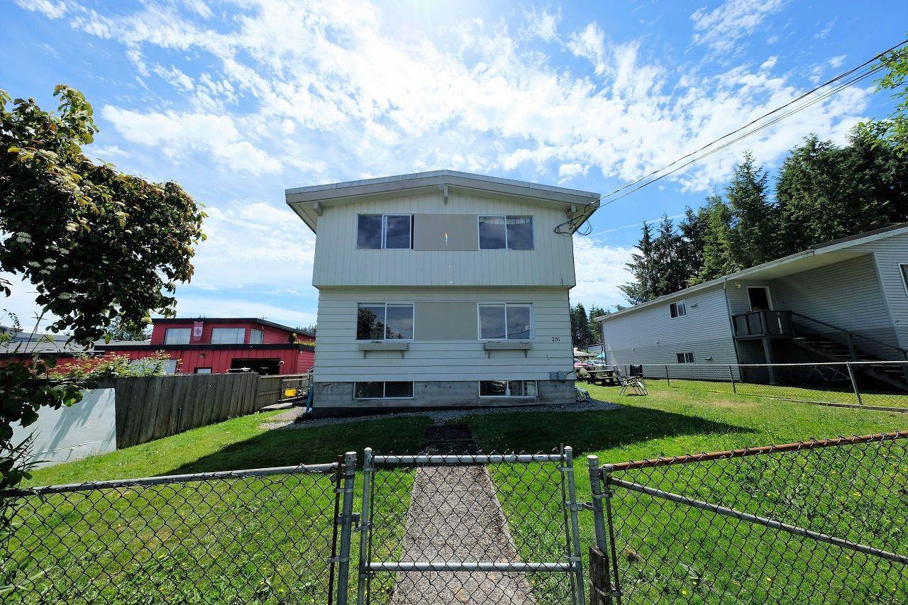 Main Photo: 251 Main St in TOFINO: PA Tofino Quadruplex for sale (Port Alberni)  : MLS®# 845215