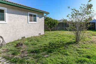 Photo 5: EL CAJON House for sale : 3 bedrooms : 1340 Bluebird St