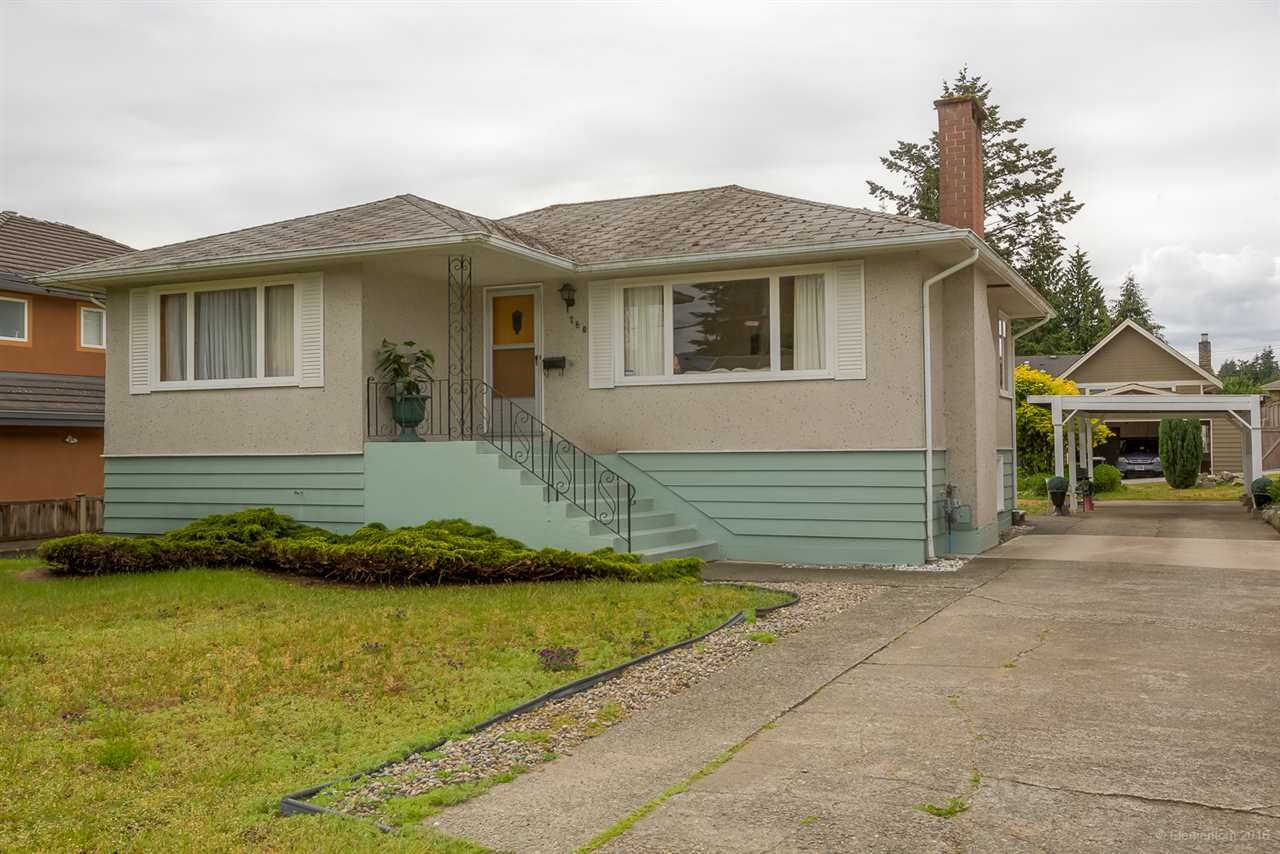 "Main Photo: 760 SMITH Avenue in Coquitlam: Coquitlam West House for sale in ""COQUITLAM WEST"" : MLS®# R2077431"