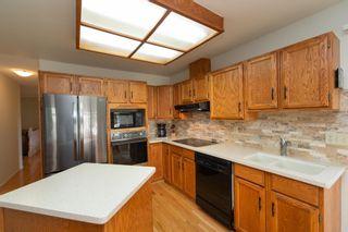 Photo 4: 14717 43A Avenue in Edmonton: Zone 14 House for sale : MLS®# E4256713