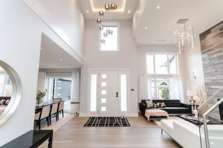 Photo 2: 4480 LANCELOT Drive in Richmond: Boyd Park House for sale : MLS®# R2223871