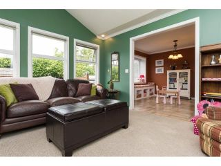 Photo 12: 5383 Westminster Avenue in Ladner: Home for sale : MLS®# R2079910