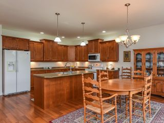 Photo 11: 9 737 ROYAL PLACE in COURTENAY: CV Crown Isle Row/Townhouse for sale (Comox Valley)  : MLS®# 826537