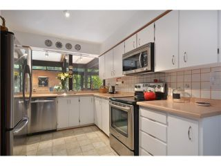Photo 12: 6830 HYCROFT RD in West Vancouver: Whytecliff House for sale : MLS®# V971359