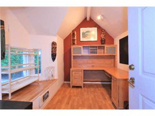 Photo 10: 1531 PAISLEY Road in North Vancouver: Capilano NV House for sale : MLS®# V985864