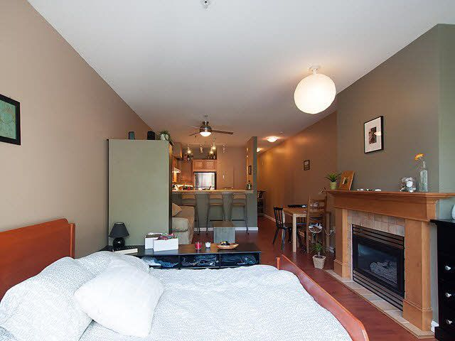 "Photo 12: Photos: 104 2929 W 4TH Avenue in Vancouver: Kitsilano Condo for sale in ""THE MADISON"" (Vancouver West)  : MLS®# V1122128"