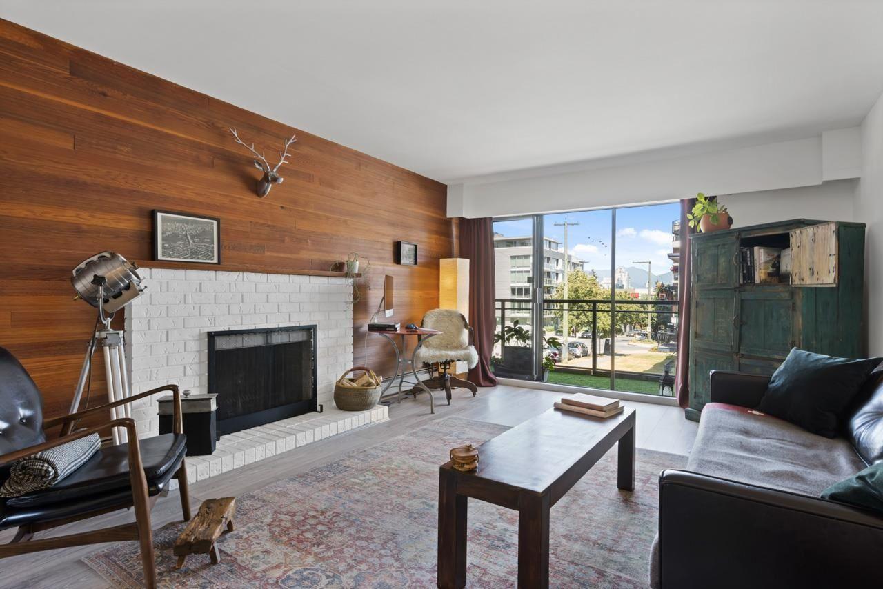 Main Photo: 211 319 E.7th Avenue in Vancouver: Mount Pleasant VE Condo for sale (Vancouver East)  : MLS®# R2603028