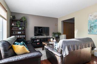 Photo 4: 363 De La Seigneurie Boulevard in Winnipeg: Island Lakes Residential for sale (2J)  : MLS®# 202102044