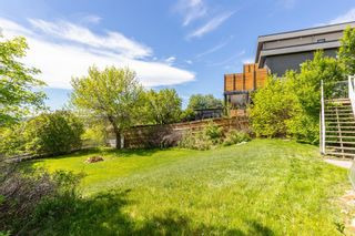 Photo 6: 1927 Briar Crescent NW in Calgary: Hounsfield Heights/Briar Hill Detached for sale : MLS®# A1065681