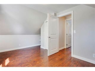 Photo 22: 1049 REGAL Crescent NE in Calgary: Renfrew_Regal Terrace House for sale : MLS®# C4013292