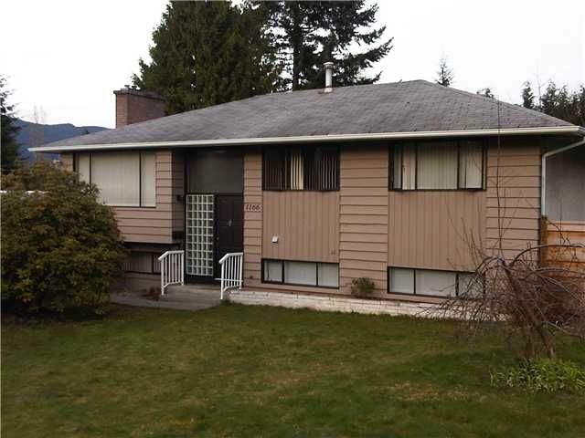 1166 Victory Drive, Port Moody (College Park Area)