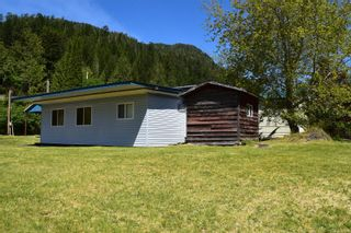 Photo 11: 112 School Hill Rd in : NI Tahsis/Zeballos Manufactured Home for sale (North Island)  : MLS®# 879754
