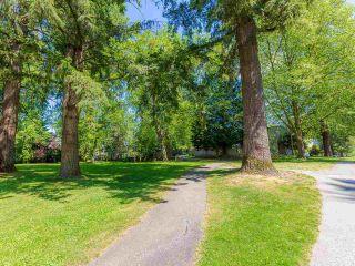 "Photo 16: 12136 SCHMIDT Crescent in Maple Ridge: Northwest Maple Ridge Townhouse for sale in ""Woodland Park"" : MLS®# R2580880"