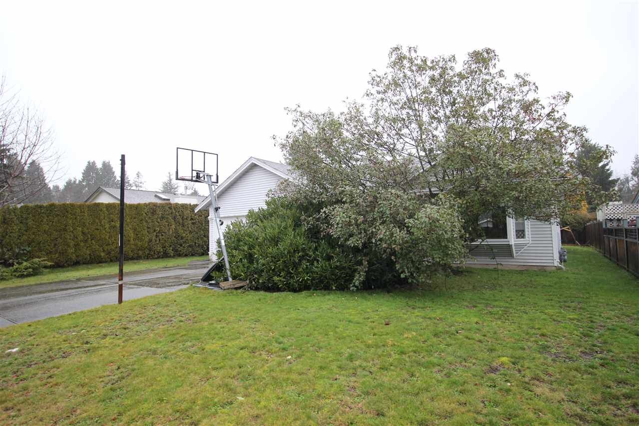 Main Photo: 1936 159A Street in Surrey: King George Corridor House for sale (South Surrey White Rock)  : MLS®# R2432938