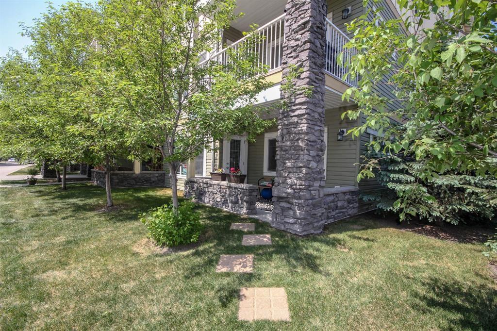 Main Photo: 2101 4 Kingsland Close SE: Airdrie Apartment for sale : MLS®# A1117201