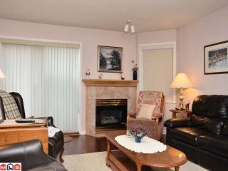 """Photo 2: 106 20240 54A Avenue in Langley: Langley City Condo for sale in """"ARBUTUS COURT"""" : MLS®# F1224337"""