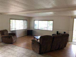 "Photo 3: 7 5294 SELMA PARK Road in Sechelt: Sechelt District Manufactured Home for sale in ""SELMA VISTA MOBILE HOME PARK"" (Sunshine Coast)  : MLS®# R2293722"