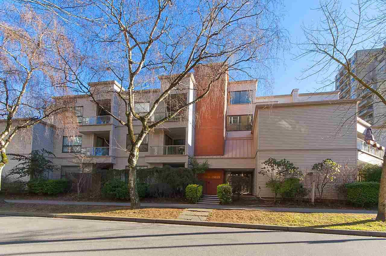 """Main Photo: 211 1080 BROUGHTON Street in Vancouver: West End VW Condo for sale in """"BROUGHTON TERRACE"""" (Vancouver West)  : MLS®# R2136082"""