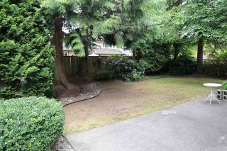 "Photo 2: 6565 WADE Road in Delta: Sunshine Hills Woods House for sale in ""Sunshine Hills Woods"" (N. Delta)  : MLS®# R2081121"