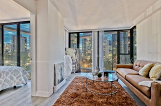 "Photo 3: 807 1331 W GEORGIA Street in Vancouver: Coal Harbour Condo for sale in ""THE POINTE"" (Vancouver West)  : MLS®# R2483635"