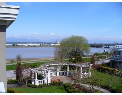 """Main Photo: 343 5888 DOVER Crescent in Richmond: Riverdale RI Condo for sale in """"PELICAN POINTE"""" : MLS®# V763208"""