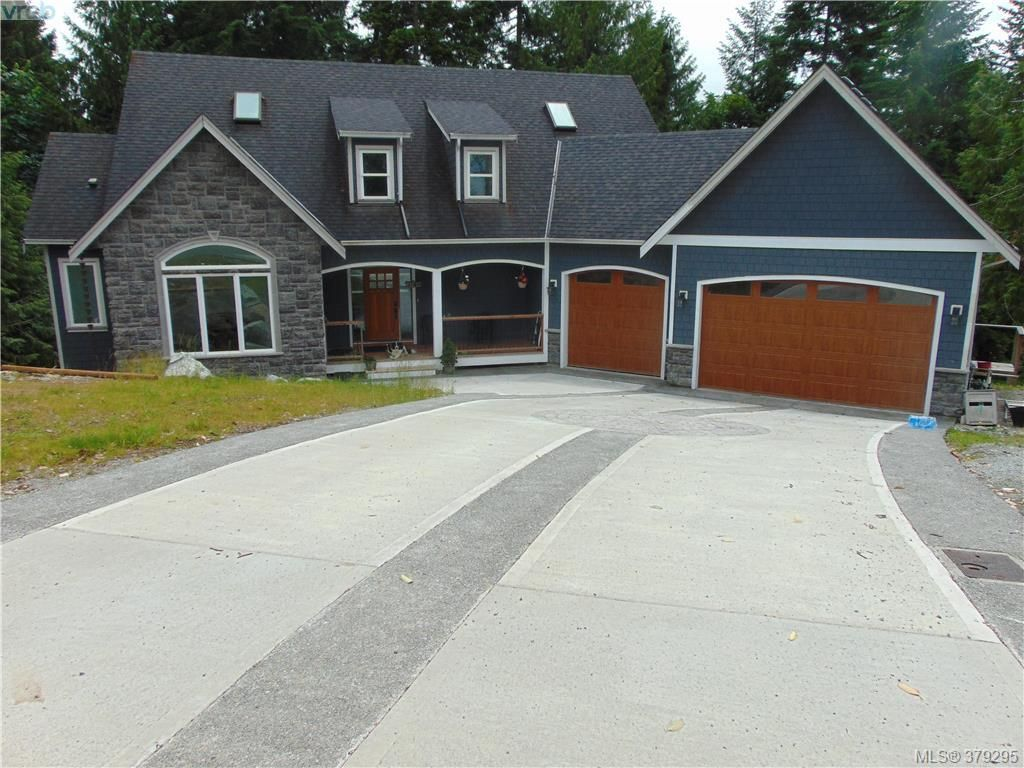 Main Photo: 2625 NATALIE Rd in SHAWNIGAN LAKE: ML Shawnigan House for sale (Malahat & Area)  : MLS®# 761814
