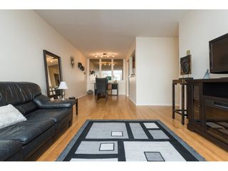 "Photo 7: 104 15290 THRIFT Avenue: White Rock Condo for sale in ""WINDERMERE"" (South Surrey White Rock)  : MLS®# R2293238"