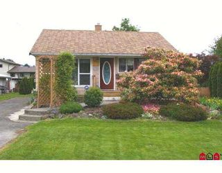 Photo 1: 45403 CRESCENT Drive in Chilliwack: Chilliwack  W Young-Well House for sale : MLS®# H2702475