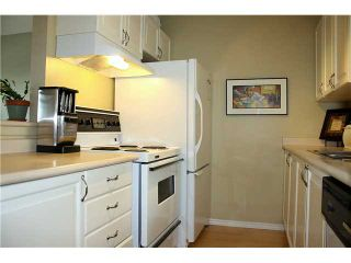 """Photo 5: 210 3978 ALBERT Street in Burnaby: Vancouver Heights Townhouse for sale in """"HERITAGE GREENE"""" (Burnaby North)  : MLS®# V918673"""